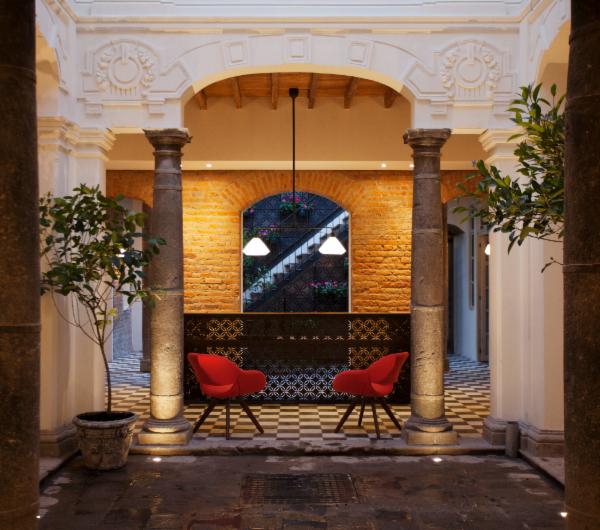 Hotel Carlota tem estilo urbano em Centro Histórico